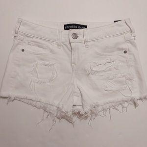 Express | White Distressed Denim Jean Shorts - O